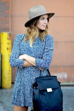 Accesorise  #fashion #style #streetstyle #skater #dress #print #ombre #hair #hat #bag #leather #oversize #casual #tan Passion For Fashion, Love Fashion, Fashion Beauty, Style Fashion, Fashion Outfits, Style Blog, Autumn Winter Fashion, Spring Fashion, Street Style