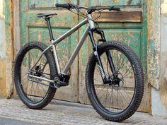 Jeronimo-Cycles_Ti-MTB-Pinion_275titanium-off-road-adventure-hardtail-mountain-bike_3-4.jpg (1298×974)