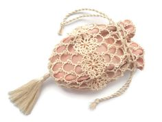 Tatted bag. Lace reticule