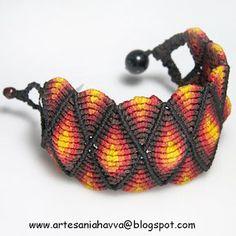 Artesania Havva : PULSERAS MACRAMÉ Macrame Necklace, Macrame Jewelry, Macrame Bracelets, Jewlery, Jewelry Knots, Bracelet Knots, Micro Macramé, Colorful Bracelets, Paracord