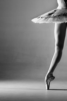 Ballet Portfolio by Jim De Block, via Behance