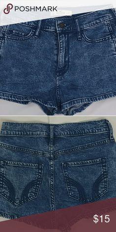 HOLLISTER JEAN SHORTS SZ 1  W 25 HOLLISTER ABERCROMBIE & FITCH JEAN SHORTS WOMEN JUNIORS SZ 1 W25 Hollister Shorts Jean Shorts