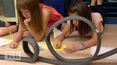 Discover helpful strategies for teaching STEM. Here is a motion and energy lesson for middle school classes, but the idea and strategies are great for any STEM lesson or challenge. 8th Grade Science, Stem Science, Middle School Science, Physical Science, Science For Kids, Science Classroom, Teaching Science, Science Activities, Science Ideas