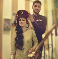 Military Couples, Military Love, Army Love, Army Couple Pictures, Couple Dps, Army Poetry, Pak Army Quotes, Military Relationships, Relationship Goals