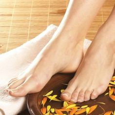 feet and remove dead cells,best foot scrub recipe,best foot scrub reviews,best foot cream,pedicure-