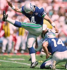 John Kasay ties the NFL record by kicking two field goals of 50-plus yards. His 54- and 51-yarders come in a 20-9 win over the Chargers, and the 54-yarder matches the club record.