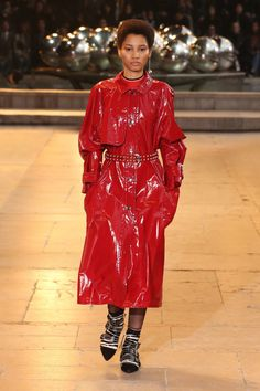 Discover the Winter 2016 Runway Red Raincoat, Vinyl Raincoat, High Fashion, Fashion Show, Womens Fashion, High Street Trends, Rain Wear, Lady In Red, High Tops