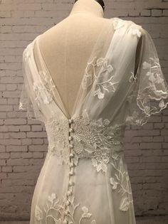 Backyard Wedding Dresses, Simple Wedding Gowns, Dream Wedding Dresses, Boho Wedding, Bridal Dresses, Vintage Inspired Wedding Dresses, Vintage Bride Dress, Mermaid Wedding, Wedding Ideas