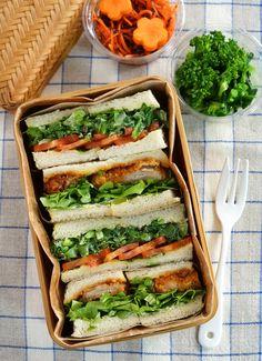 日本人のごはん/お弁当/パン Japanese meals/Bento/Bread. Japanese-Style Sandwich Boxed Lunch   カツサンド弁当 Katsu Sand Bento