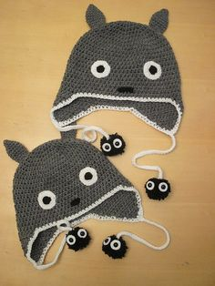 Totoro earflap hat with soot sprites! I love totoro! Crochet Totoro, Knit Crochet, Crochet Hats, Totoro Hat, My Neighbor Totoro, Crochet Accessories, Studio Ghibli, Crochet Projects, Headbands