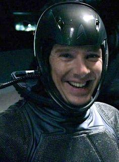 Adorable ❤ #BenedictCumberbatch #StarTrekIntoDarkness #BehindTheScenes