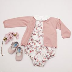 LOOK BABY GIRL – HIPPIE CHIC