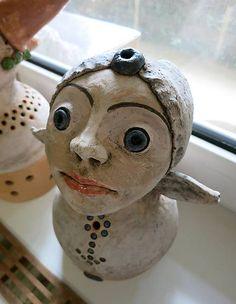 e-keramika / malá okatá víla Socha, Snowman, Sculptures, Outdoor Decor, Artwork, Home Decor, Work Of Art, Decoration Home, Auguste Rodin Artwork