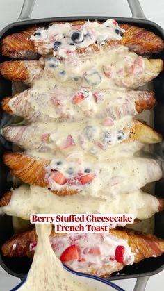 Breakfast Dishes, Breakfast Recipes, Tasty, Yummy Food, Diy Food, I Love Food, Brunch Recipes, Baking Recipes, Delish