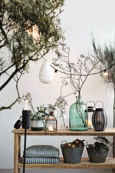 Great styling by House Doctor Garden Deco, House Doctor, Vintage Lamps, Vintage Home Decor, Vintage Industrial, Estilo Tropical, Deco Nature, Home And Living, Interior Inspiration