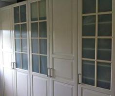Se venden Armarios blancos, Birkeland vidrio, IKEA SEGUNDA MANO serie PAX. Madrid