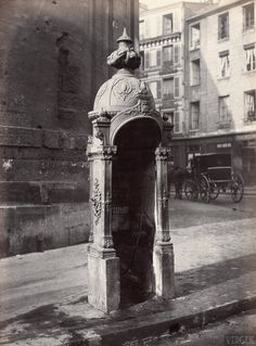 Public urinal, Faubourg Saint-Martin street in Paris (France). Photograph by Charles Marville. (Photo by adoc-photos/Corbis via Getty Images) Vintage Paris, Old Paris, Paris Rue, Old Pictures, Old Photos, Random Pictures, Musee Carnavalet, Photo Vintage, Saint Martin