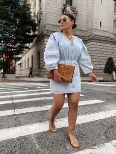 10 DENIM (& white) SUMMER OUTFIT IDEAS Hot Summer Looks, Casual Summer Outfits For Women, Chic Outfits, Swag Outfits, Fashion Outfits, Muslim Fashion, Style Blog, Blogger Style, Casual Chic
