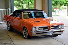 1964 GTO convertible...I love orange <3