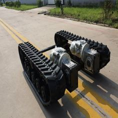 Agricultural Machineries for Rubber Track with Chassis and Power Transmission. - China Rubber Track System, Agricultural Machinery   Made-in-China.com Learn Robotics, Diy Robot, Tracking System, Car Wheels, Electric Motor, Monster Trucks, China, Robots, Vehicles