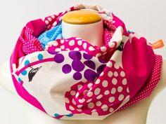 Exklusiv und limitiert, von hochwertigen japanischen Stoffe (85%Baumwolle, 15%Leinen).    Für die moderne Mutter, etwas ganz besonderes - ein Schal...