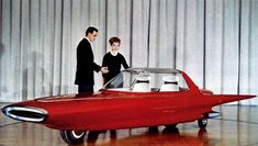 In 1961, Ford produced the Gyron as a concept car. It was based on Louis Brennan's theories, with Alex Tremulis creating the design. The vehicle was created for research and marketing purposes, and was never intended for mass production.