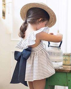 65 ideas for baby dress diy little girls Toddler Girl Style, Toddler Girl Outfits, Little Girl Dresses, Toddler Fashion, Toddler Dress, Kids Outfits, Kids Fashion, Girls Dresses, Baby Dresses