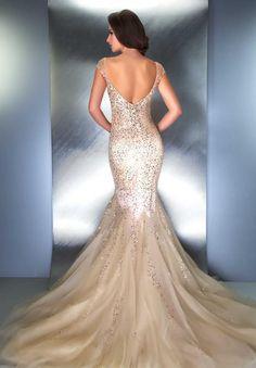 Beautiful beaded wedding gown #mermaid