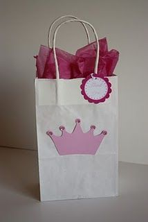 goody bag... On a pink bag instead