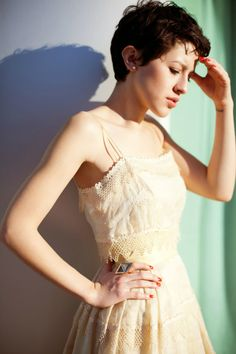 Beach vintage dress with Roman Luxe ring! Perfect outfit for a summer wedding!