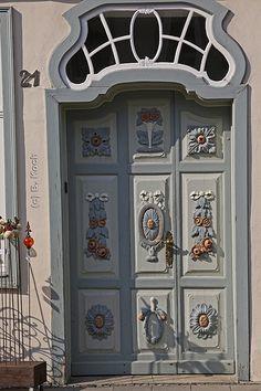 Beautifully ornamented door | Wunderschön verzierte Tür ...… | Flickr