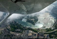 Cessna 172S Skyhawk SP aircraft picture. Niagra Falls