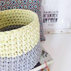 """""""No hay nada como sentirse un pibón con @mrwonderful_  #cesto #handmade #trapillo #basket #doityourself #diy #tshirtyarn #crocheting #tejer #trapilho…"""""""