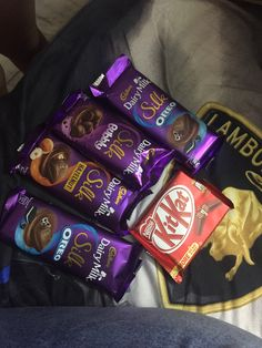 Silk Chocolate, Dairy Milk Chocolate, Cadbury Dairy Milk, Chocolate Dreams, I Love Chocolate, Chocolate Cookies, Food Snapchat, Instagram And Snapchat, Snapchat Picture