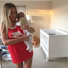 me as a mom. Baby Momma, Baby Kind, Mom And Baby, Baby Love, Pretty Baby, Cute Family, Baby Family, Family Goals, Cute Kids