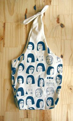 irana eco friendly silkscreened bag with bow / blue print