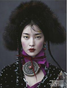 Du Juan Graces 'Whisper of Tibet' Lensed By Yin Chao For Harper's Bazaar China — Anne of Carversville Tribal Fashion, Fashion Art, Editorial Fashion, Hippie Fashion, Boho Hippie, Women Artist, Portrait Photography, Fashion Photography, Photography Music