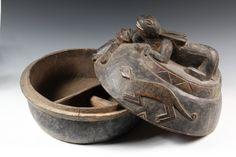 Yoruba Opon Igede Ifa (Divination Bowl), Nigeria http://www.imodara.com/post/107020065034/nigeria-yoruba-opon-igede-ifa-divination