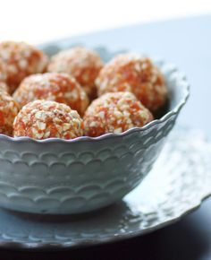 Toasted Coconut Apricot Bites - this sounds refreshing!
