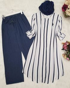 Image may contain: stripes Vest Outfits, Girly Outfits, Cute Outfits, Modest Fashion, Hijab Fashion, Fashion Outfits, Casual Work Outfit Summer, Modele Hijab, Best Designer Dresses