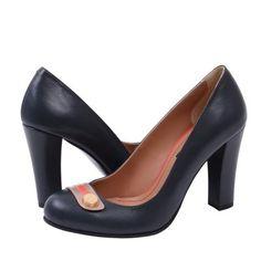 Pantofi din Piele Naturala Klara. Îți plac? Dacă da, dă de veste prietenelor pe Facebook folosind butonul Happy Share și primești 4% comision din vânzările înregistrate prin recomandarea ta.