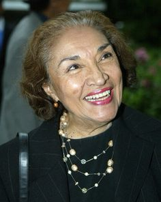 "Miriam Colón, the diminutive but formidable actress who founded the Puerto Rican Traveling Theater in New York and whose film roles included Al Pacino's unswayable Cuban mother in ""Scarface,"" died on Friday (03MAR2017) in Manhattan. She was 80. Among her many roles, Ms. Colón played Al Pacino's Cuban mother in ""Scarface."" She founded the Puerto Rican Traveling Theater in 1967."