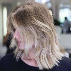 Glamorized Layered Hairstyles and Haircuts for Women (14)