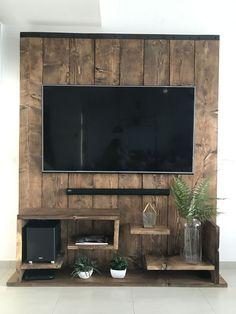 70 Rustic Tv Wall Design Ideas For Home 1 - homydezign Rustic Wood Furniture, Rustic Walls, Wooden Walls, Tv Wand Design, Make A Tv Stand, Tv Wanddekor, Wood Wall Design, Tv Wall Decor, Wall Tv
