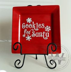 Vinyl Cookies For Santa Square Plate by KWintersDesigns on Etsy Christmas Projects, Christmas Time, Christmas Gifts, Silhouette Projects, Silhouette Cameo, Cookies For Santa Plate, Bazaar Ideas, Painted Plates, Square Plates