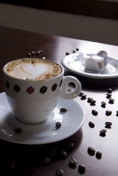 Cheapest Coffee Mugs Coffee Iv, I Love Coffee, Coffee Cafe, Coffee Quotes Funny, Coffee Humor, Cheap Coffee Mugs, Sweet Coffee, But First Coffee, Chocolate Coffee