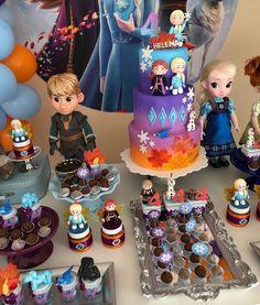 Frozen Themed Birthday Cake, Unicorn Birthday Cards, Frozen Themed Birthday Party, Disney Frozen Birthday, 5th Birthday Party Ideas, Pastel Frozen, Frozen 2, Frozen Cake, Frozen Party Decorations