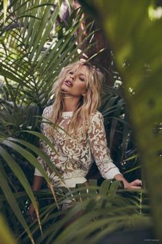 White lace long sleeves for your Summer tropical getaway.