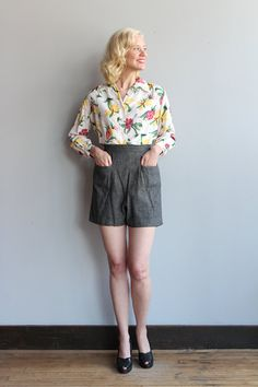 ~Adorable and comfy 1940s Shorts ~grey