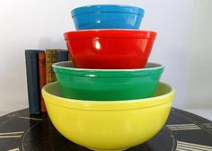 Your place to buy and sell all things handmade Rare Pyrex, Pyrex Set, Pyrex Bowls, Vintage Pyrex Dishes, Vintage Dishware, Nesting Bowls, Glass Kitchen, Mixing Bowls, Retro Toys